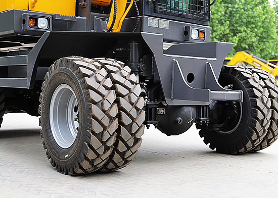 轮式挖掘机多少钱一台
