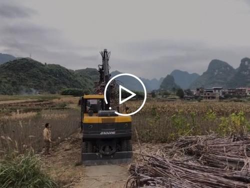 抓木机工作视频