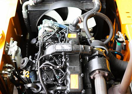 宝鼎BD80W轮式抓木机动力部件