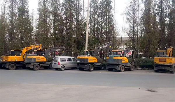 庄总7台宝鼎挖掘机抓机设备