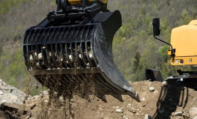 轮式挖掘机辅具筛漏斗