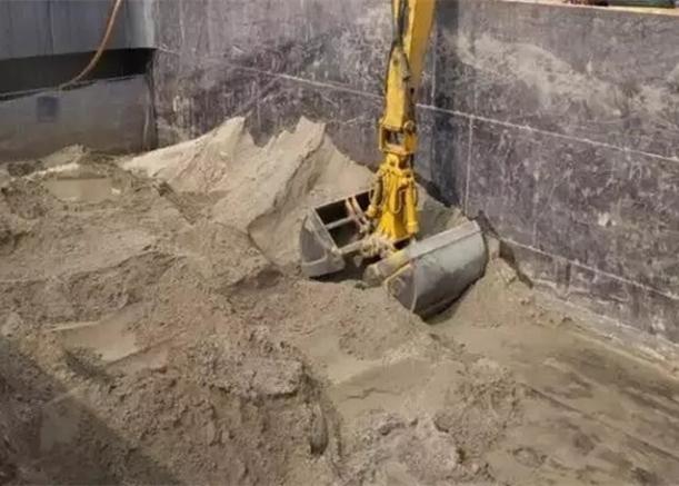 轮式挖掘机加装筛漏斗