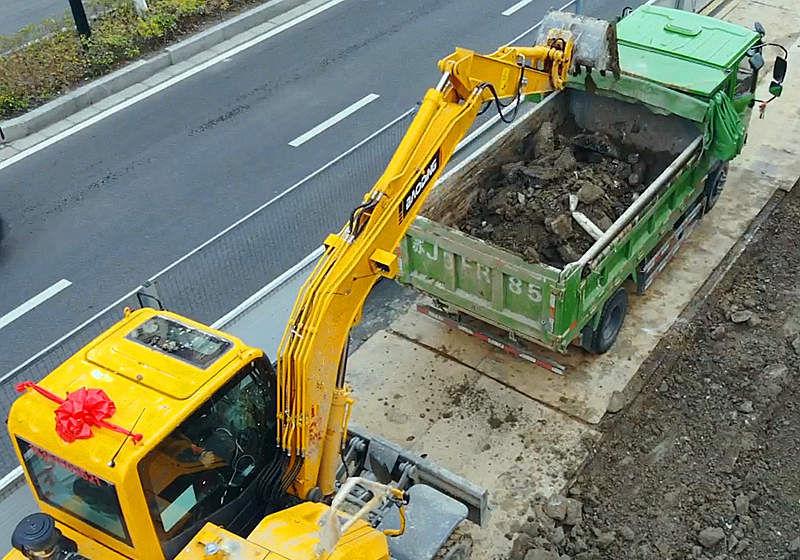 宝鼎80轮式挖掘机
