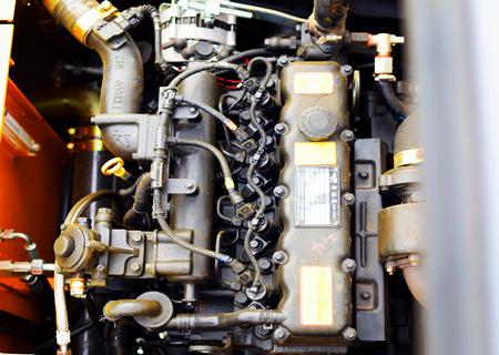 105轮式挖掘机动力部件