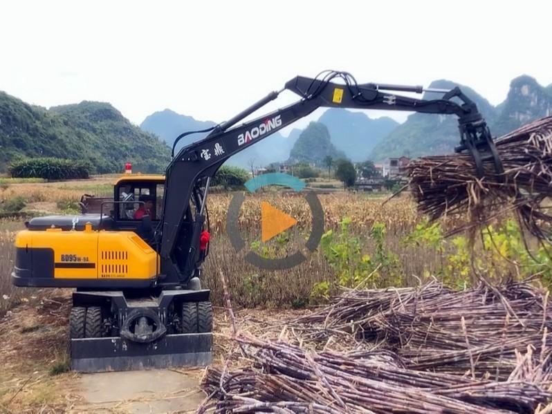 宝鼎轮式挖掘机多用途展示