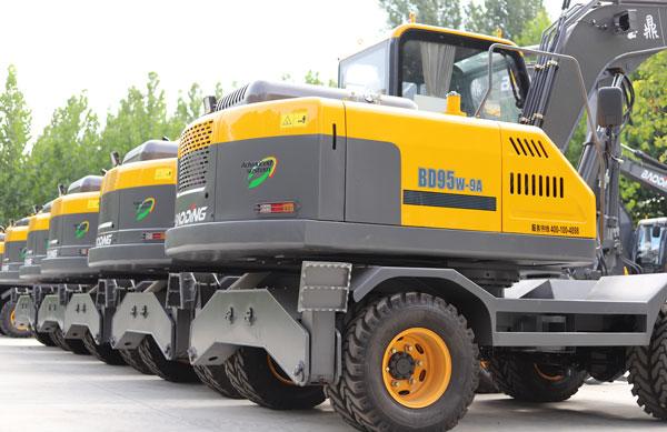 宝鼎挖掘机、抓木机已恢复全国供货,继续为您提供贴心服务