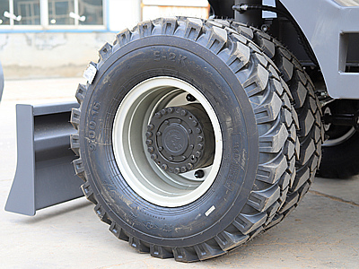 轮式挖掘机900-16轮胎