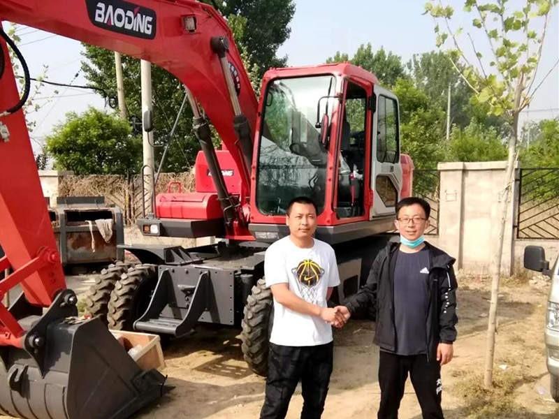 北京轮式挖掘机客户