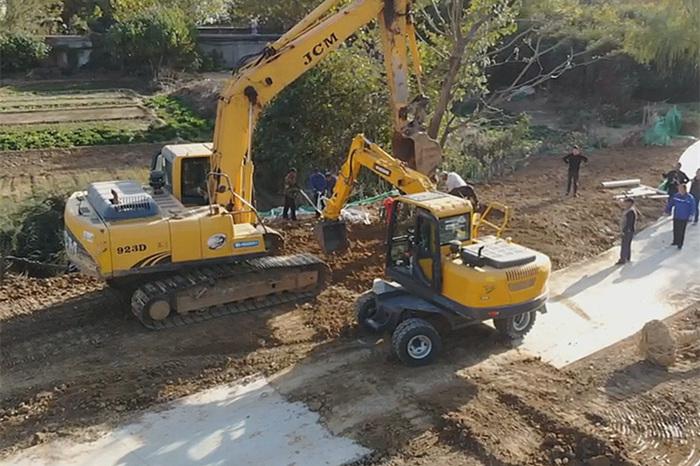 山东轮式挖掘机宝鼎80型号