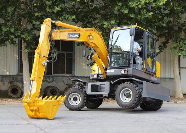 小型轮式挖掘多少钱