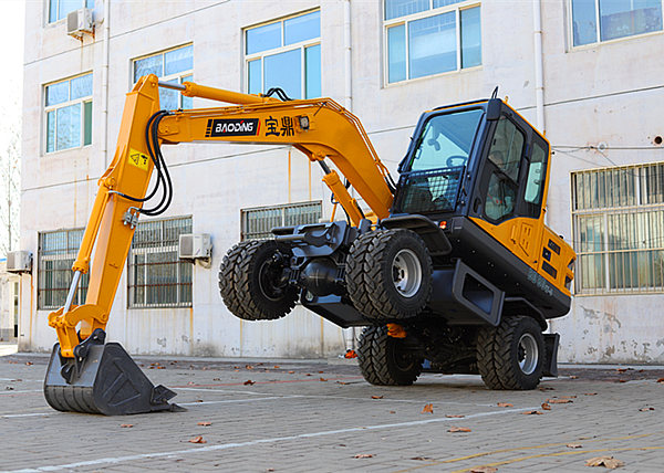 小型轮式挖掘机多少钱?