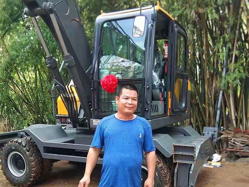 广西南宁抓木机销售客户