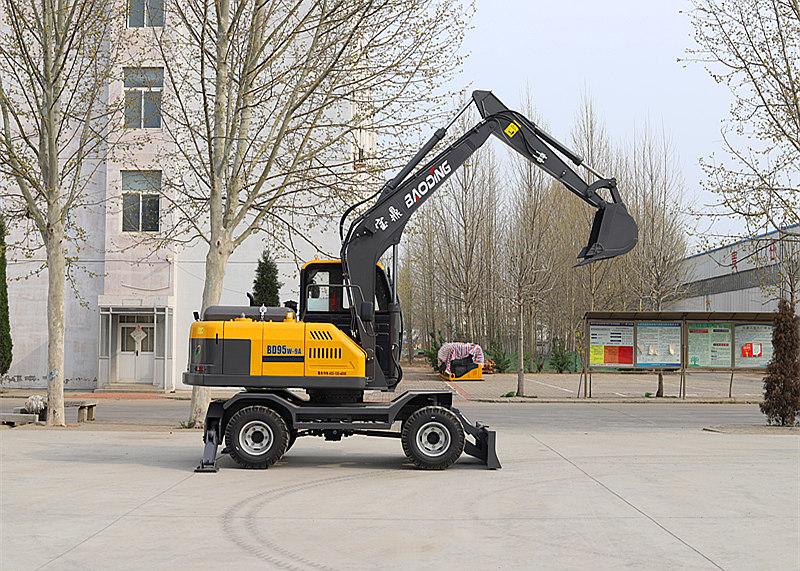 宝鼎BD95型号轮式挖掘机