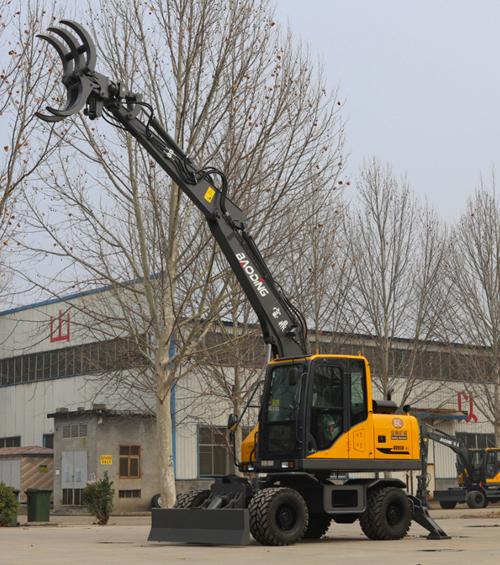 宝鼎BD95W-9S型抓木机实车展示图A