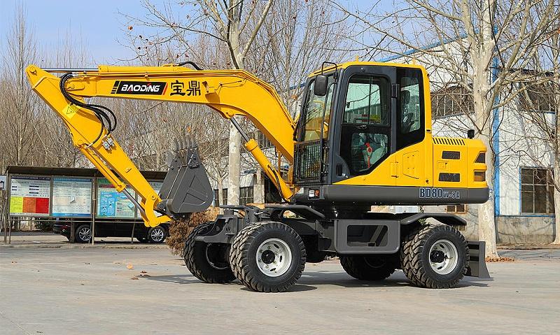 宝鼎BD80型号液压行走轮式挖掘机