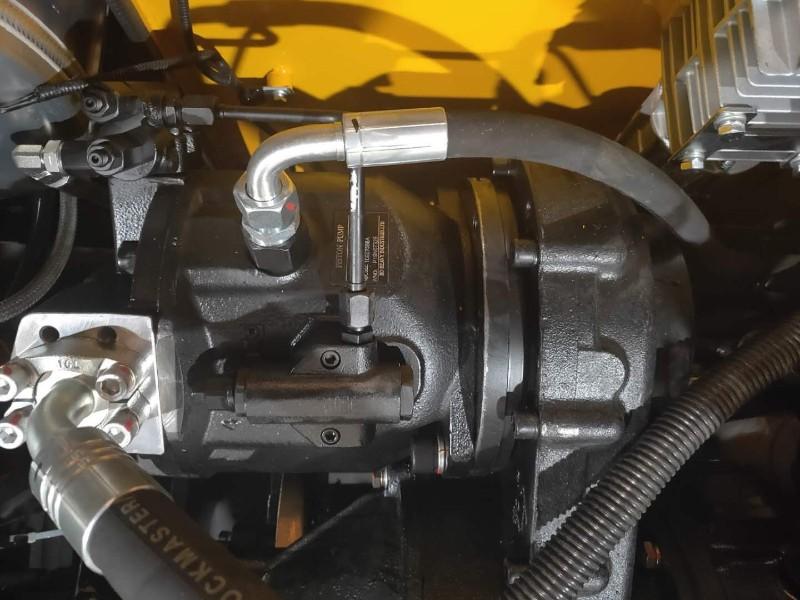 BD95抓木机进口柱塞泵