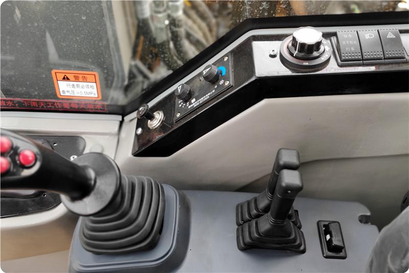 新款95抓木机驾驶室功能按键