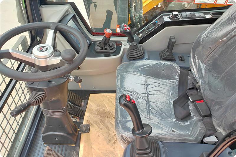 宝鼎95抓木机型号驾驶舒适