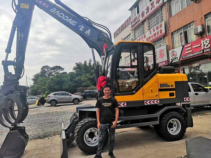 宝鼎广西钦州抓木机客户销售