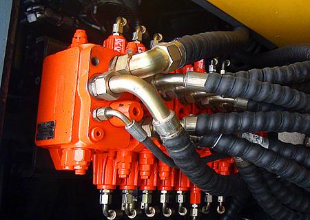进口液压系统性能优越