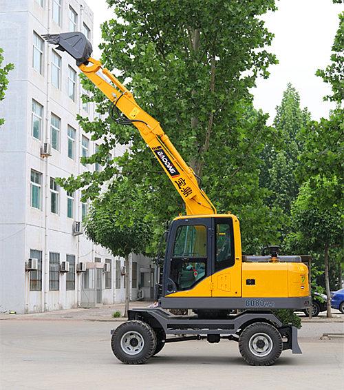 宝鼎轮式挖掘机BD80W型号