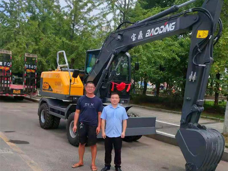 湖北轮式挖掘机销售客户
