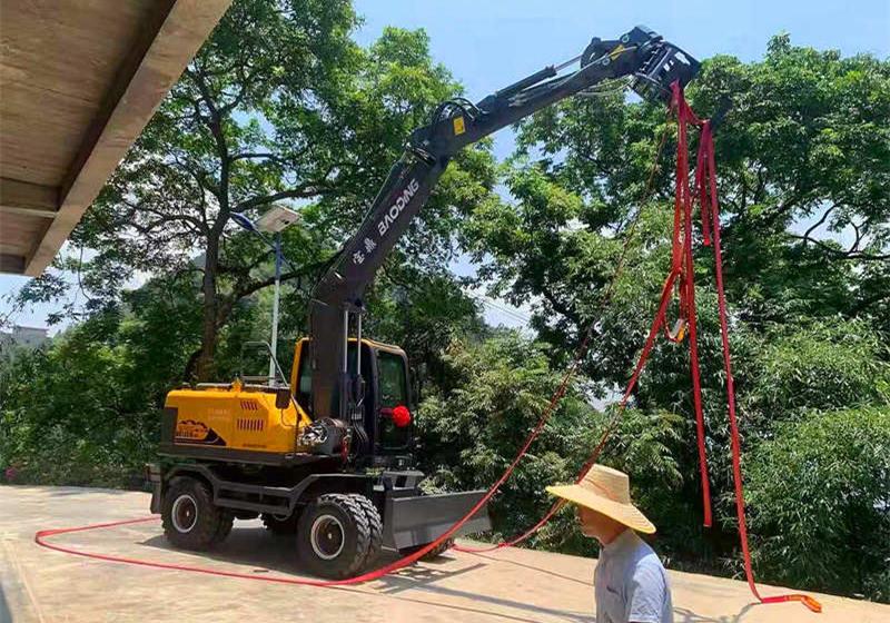 广西南宁抓木机销售交车客户