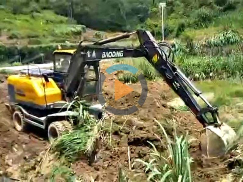 BD95W轮式挖掘机视频